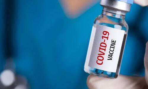 वाराणसी: कोविड संक्रमण से स्वस्थ होने के तीन माह बाद लें टीका, धात्री माताएं भी लगवा सकती हैं टीका
