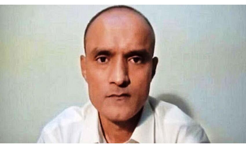 कुलभूषण मामले में झुका पाकिस्तान, सजा के खिलाफ अपील की इजाजत