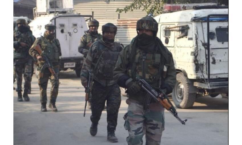 शोपियां में नाका पार्टी पर आतंकी हमला, तलाशी अभियान जारी
