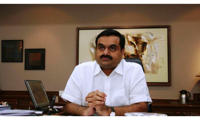 विदेशी निवेशकों के अकाउंट फ्रिज, गौतम अडानी को लगा झटका