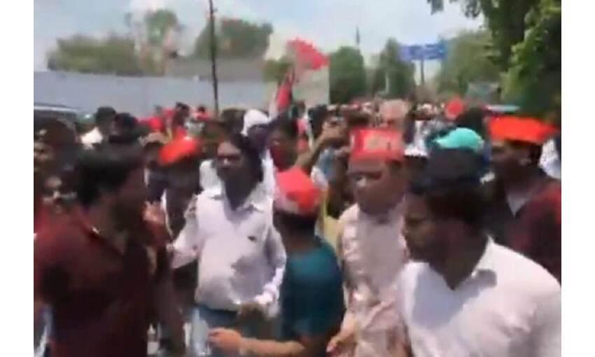 सपा के जुलुस में लगे पाकिस्तान जिंदाबाद के नारे, 5 गिरफ्तार