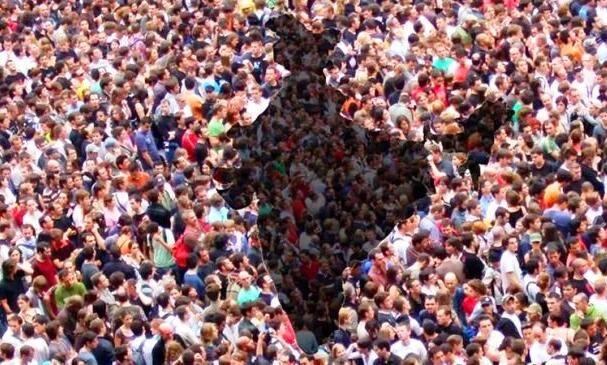 जनसंख्या के मुद्दे पर व्यर्थ है थरूर का तर्क