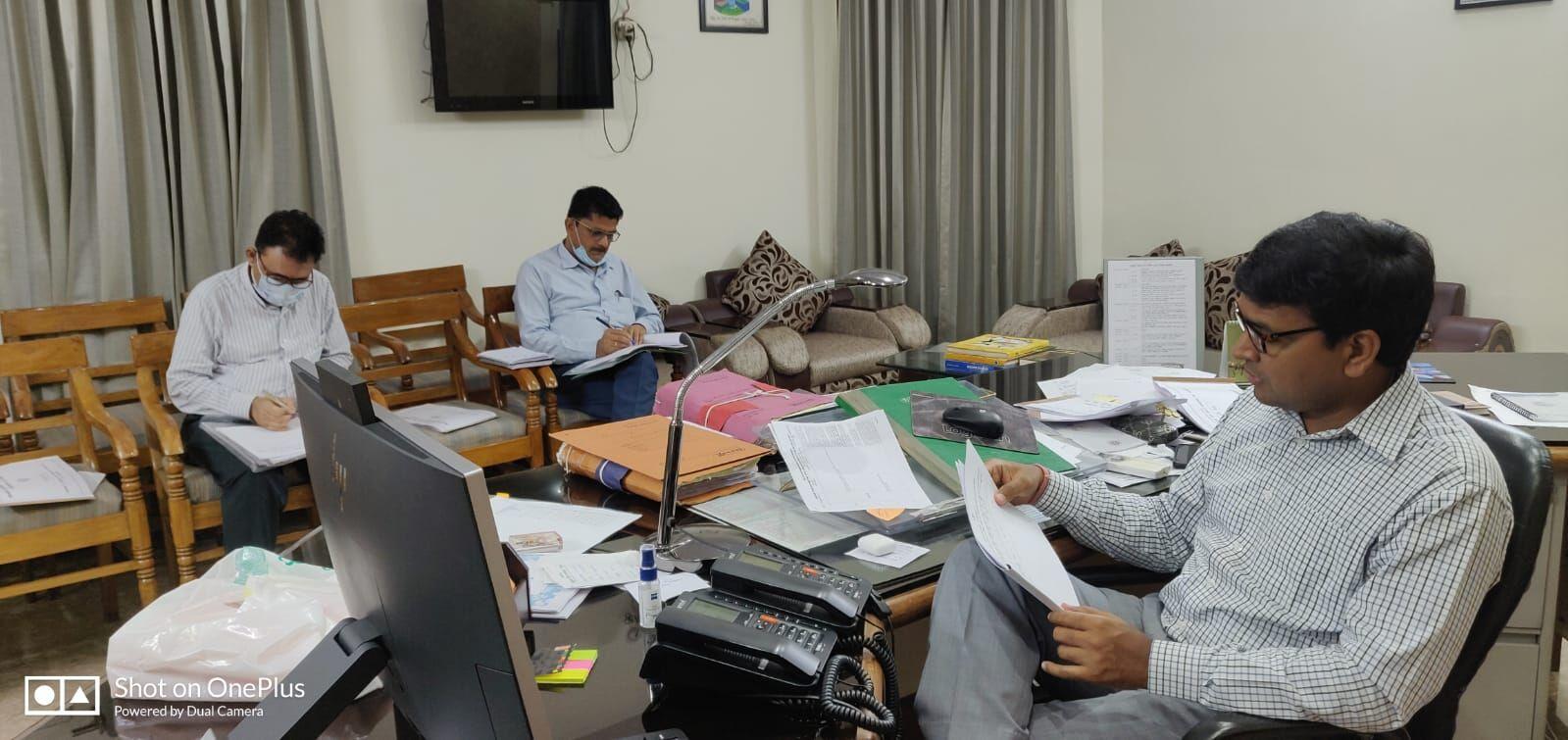 मेरठ में कोरोना की तीसरी लहर की तैयारियां तेज, 31 जुलाई से पहले ऑक्सीजन प्लांट शुरू करने की तैयारी