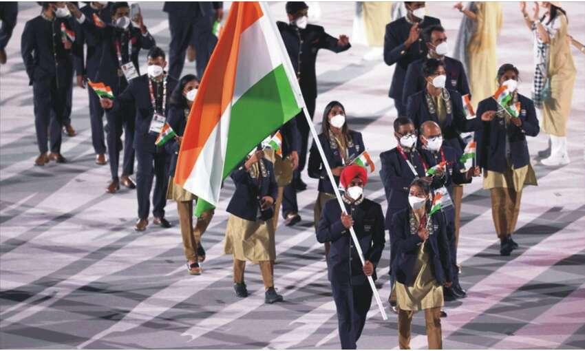 खेलों के महाकुंभ ओलंपिक का हुआ आगाज, मैरी कॉम और मनप्रीत सिंह ने  तिरंगा थाम की अगुवाई