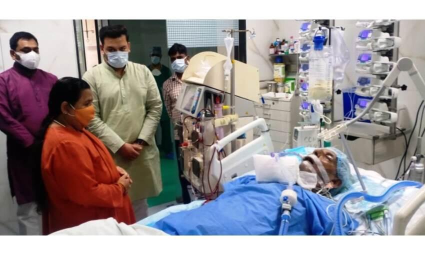 पूर्व राज्यपाल कल्याण सिंह की हालत नाजुक, उमा भारती मिलने पहुंची