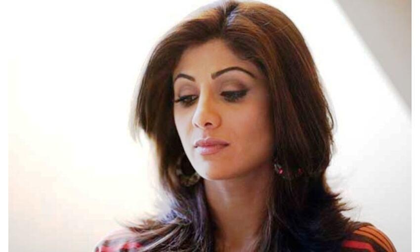 पति राज कुंद्रा की गिरफ्तारी के बाद शिल्पा का टूटा सब्र, पहली बार कहीं ये बात...