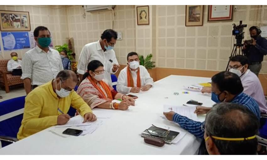 भवानीपुर सीट से भाजपा प्रत्याशी प्रियंका ने भरा नामांकन, कहा - यह न्याय की लड़ाई है