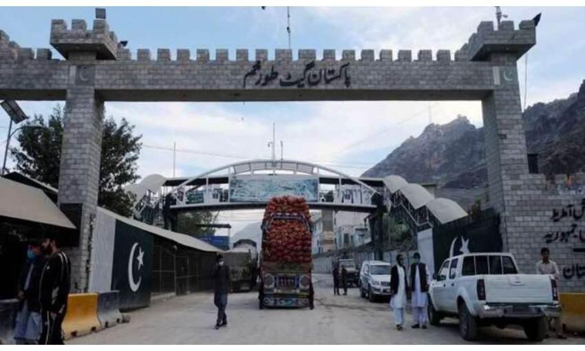 पाकिस्तान ने खोली तोरखम की सीमा, अफगान नागरिकों को दी प्रवेश की अनुमति