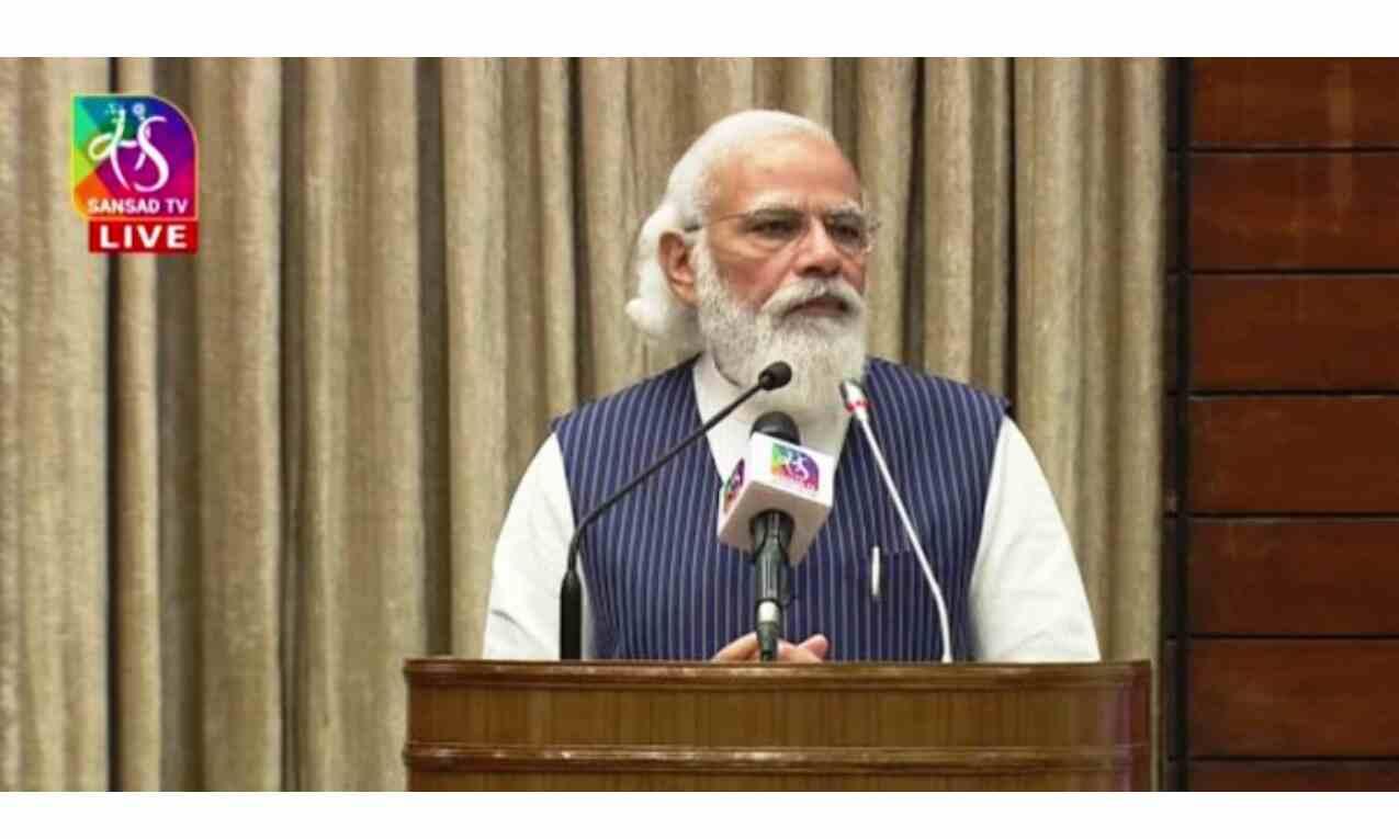 लोकतंत्र केवल शासन प्रणाली नहीं, बल्कि देश की जीवनधारा : प्रधानमंत्री
