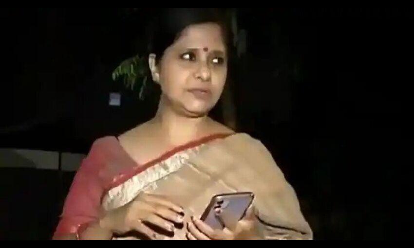 दिल्ली में साड़ी पहनी महिला को रेस्त्रां में आने से रोका, महिला आयोग ने लिया संज्ञान