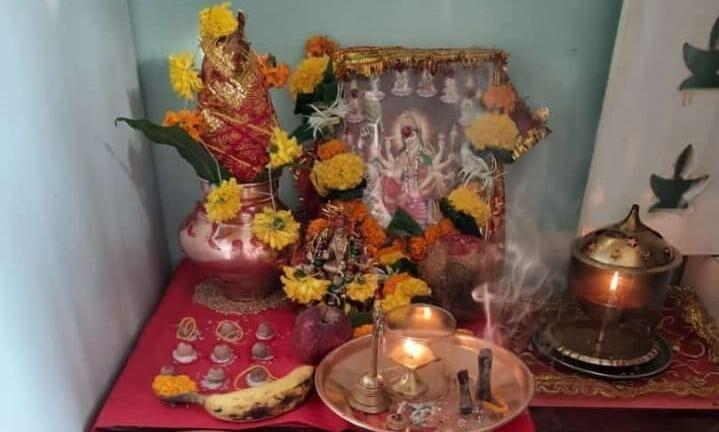 दुर्गा पूजन समस्त सात्विक शक्तियों के संगठित रूप का ही नाम