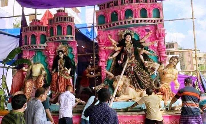 बांग्लादेश में दुर्गा प्रतिमाएं तोड़ी, हिंदुओं की सुरक्षा और आक्रमणकारियों पर सख्त कार्रवाई करे सरकार