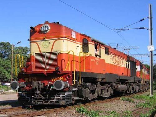 रेलवे ने इंदौर को दी नई सौगात, ट्रेन का इस पवित्र नगरी तक बढ़ाया रुट