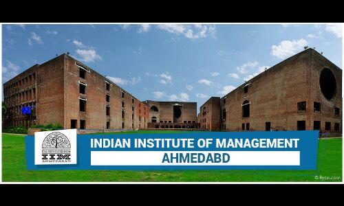 IIM संस्थान पर और कंट्रोल चाहता है HRD