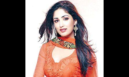 बॉलीवुड में डेब्यू करने वाली हैं यामी गौतम की बहन