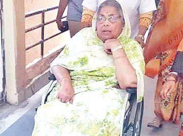 अर्जुन सिंह की पत्नी ने बेटे अजय सिंह और अभिमन्यु पर लगाया बेघर करने का आरोप