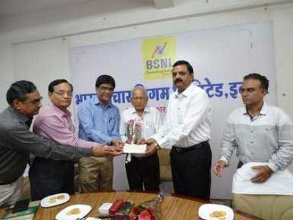 बीएसएनएल कांटेस्ट: इंदौर के प्रेमचंद भावसार ने जीता दूसरा पुरस्कार