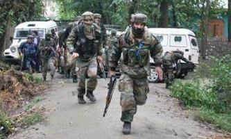नक्सलियों से मुठभेड़ में बीएसएफ के 2 जवान शहीद