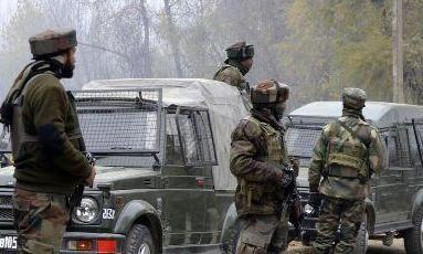 शोपियां में सुरक्षा बलों और आतंकियों के बीच मुठभेड में दो आतंकी ढ़ेर