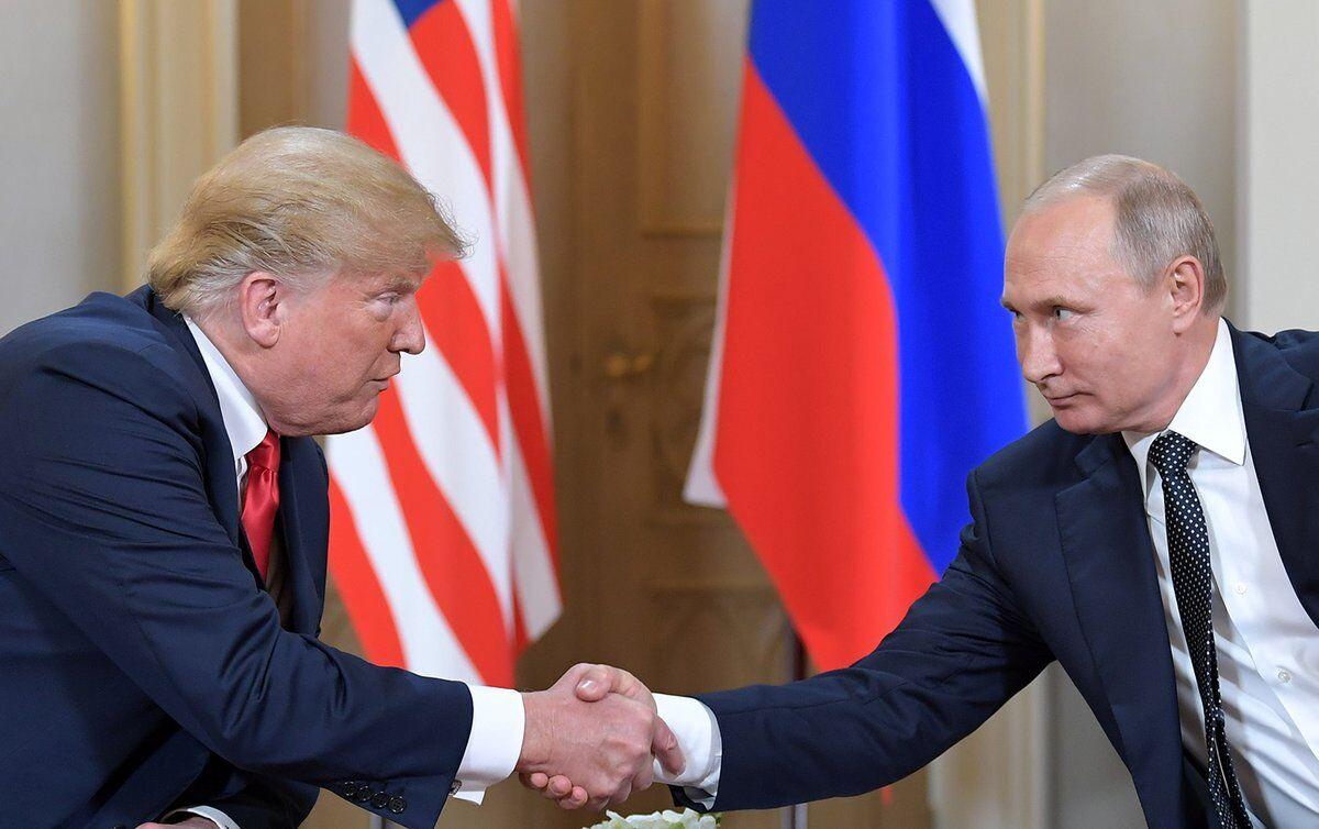 अमेरिकी राष्ट्रपति ट्रंप ने रूस के साथ खराब संबंधों के लिए एफबीआई पर फोड़ा ठीकरा