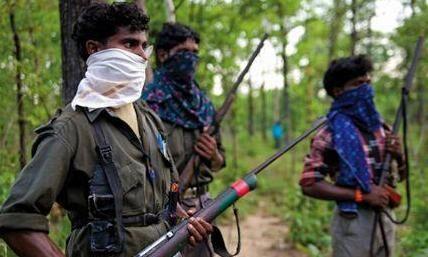 बीजापुर में सुरक्षाबलों और नक्सलियों के बीच मुठभेड़ में आठ माओवादी ढेर