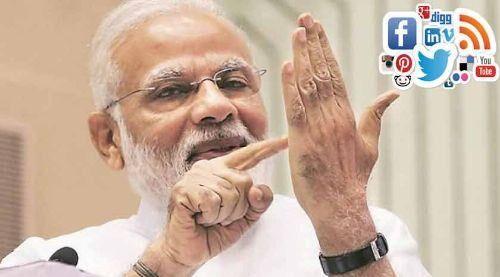 विश्वासमत जीतने के बाद अब सोशल मीडिया पर लोगों के दिल जीत रहे हैं प्रधानमंत्री मोदी