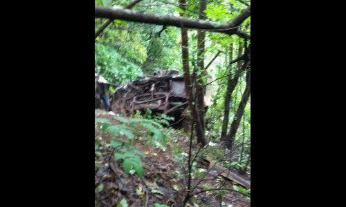 महाराष्ट्र : 500 फीट गहरी खाई में गिरी मिनी बस, 33 यात्रियों की मौत