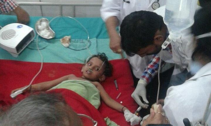 एनडीआरएफ की टीम ने बोरवेल से बच्ची को सुरक्षित निकाला