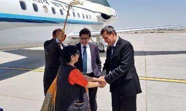 तीन देशों की यात्रा पर सुषमा स्वराज, तुर्केमिस्तान में विदेश मंत्री से की मुलाकात