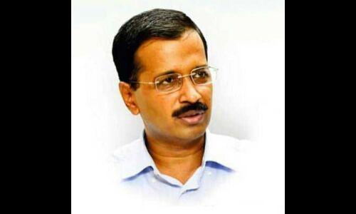 अरविन्द केजरीवाल ने कहा - आशुतोष का इस्तीफा नामंजूर, पार्टी करेगी बात