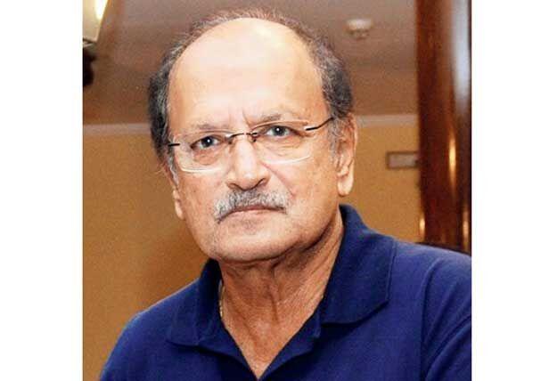 इंडियन क्रिकेट टीम के पूर्व कप्तान अजीत वाडेकर का निधन