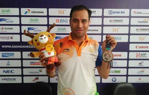 Asian Games 2018 : संजीव राजपूत ने 50 मीटर राइफल थ्री पोजिशन निशानेबाजी में जीता रजत