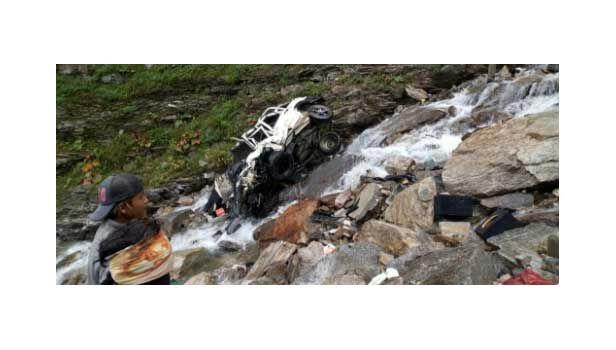 हादसा : रोहतांग के पास स्कार्पियो दुर्घटनाग्रस्त, 11 की मौत