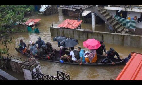 केरल की बाढ़ से इंसानी सबक