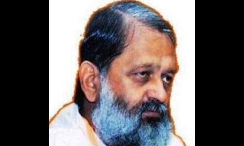 राहुल विदेश में हेट इंडिया अभियान पर हैं : विज