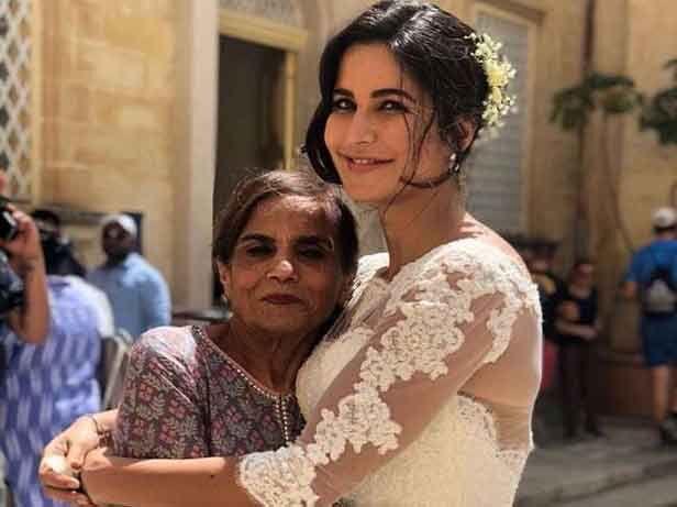 सलमान की मां और कटरीना की फोटो की सोशल मीडिया पर धूम