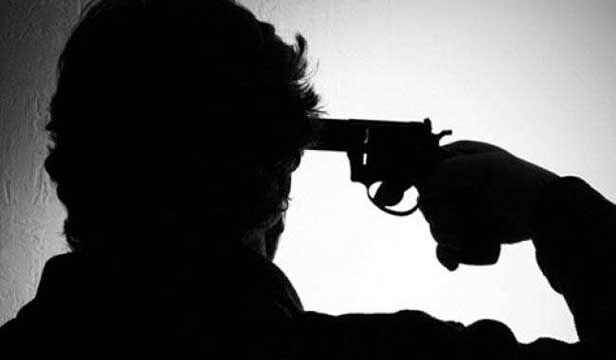 प्रेमिका के घर पहुंचकर प्रेमी ने खुद को मारी गोली
