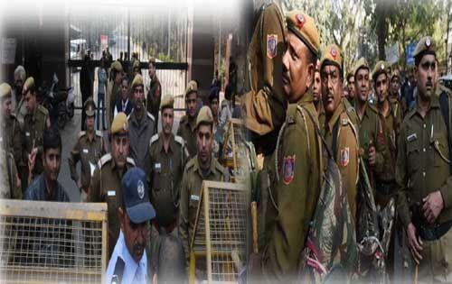 जेएनयू कैंपस में भारी संख्या में पुलिस तैनात, चौकसी बढ़ाई