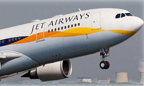 जेट एयरवेज के विमान में एक बटन न दबाने के कारण यात्रियों के निकला नाक और कान से खून