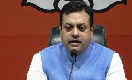 बीजेपी ने राहुल पर लगाया पाक के साथ रिश्ते का आरोप
