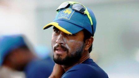 मैथ्यूज को श्रीलंका क्रिकेट टीम के कप्तानी पद से हटाया गया