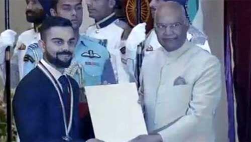 कोहली और मीराबाई चानू को राजीव गांधी खेल रत्न पुरस्कार से किया सम्मानित, अवार्ड पाने वाले तीसरे क्रिकेटर