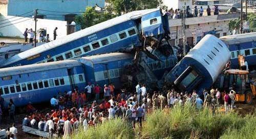 एक साल में रेल दुर्घटनाओं के ग्राफ में लगा अंकुश
