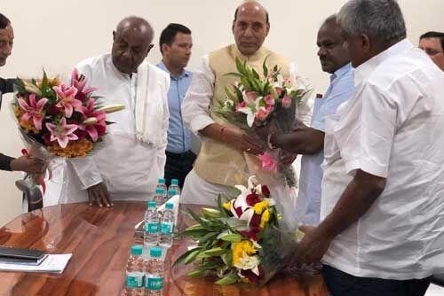 कर्नाटक के सीएम ने गृहमंत्री राजनाथ से मुलाकात कर मांगी केंद्रीय सहायता
