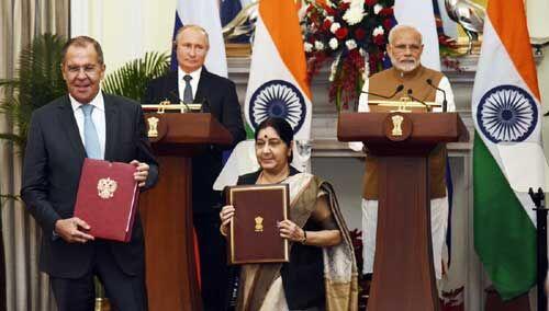 #S400 भारत-रूस के बीच 5 बिलियन डॉलर के रक्षा मिसाइल सौदे पर लगी मुहर