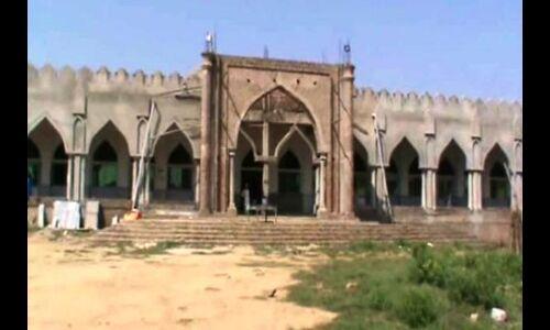मस्जिद में आतंकी फंडिंग के सबूत मिलने से सकते में गाँव वासी