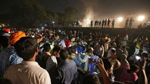 डीआरएम का दावा, न रेलवे दोषी न चालक
