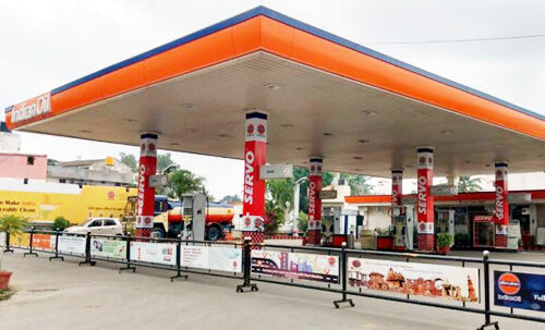 दिल्ली के 400 पेट्रोल पंप बंद, आमजन को हो रही है परेशानी