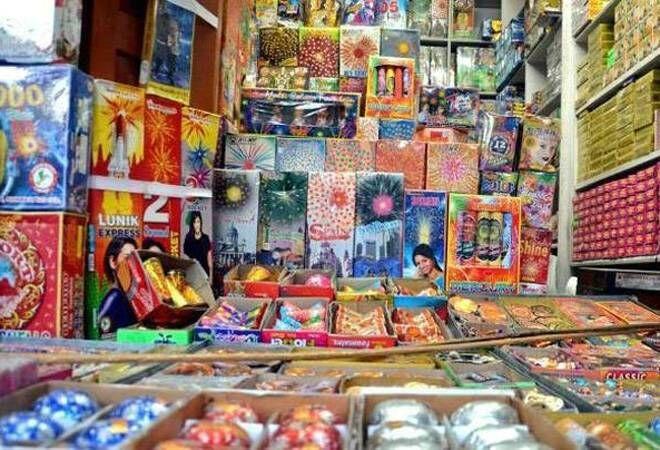 ग्रीन पटाखों के इस्तेमाल का आदेश सिर्फ दिल्ली एनसीआर के लिए