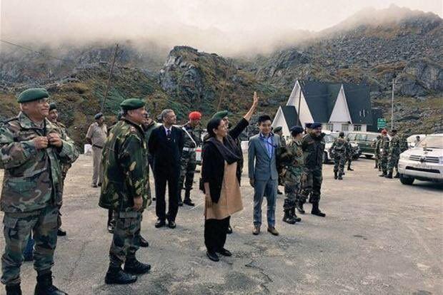 रक्षामंत्री अरुणाचल से लगती चीन सीमा पर जवानों के साथ मनायेंगी दिवाली